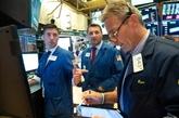 Wall Street finit en baisse, crispée par la Fed et l'Afghanistan