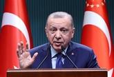 La Turquie annonce de premières discussions avec les talibans
