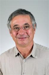 Un membre du Parti communiste français apprécie la politique diplomatique du Vietnam