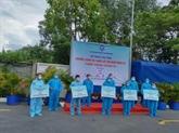 Hô Chi Minh-Ville : 10.000 sacs de médicaments offerts aux patients du COVID-19 en traitement à domicile