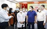 Le président de l'Assemblée nationale rencontre des médecins avant leur départ à Hô Chi Minh-Ville