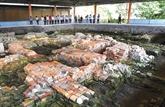 Sur le site d'Oc Eo - Ba Thê, travaux de préservation en perspective