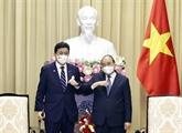 Le président Nguyên Xuân Phuc reçoit le ministre japonais de la Défense