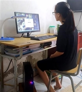 COVID-19 : don d'ordinateurs à des élèves en situation difficile