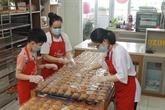 Gâteaux de lune pour personnels médicaux et petits patients