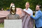 Une statue du mystérieux fondateur du bitcoin dévoilée à Budapest