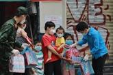 Environ 5.000 sacs remplis de cadeaux pour les enfants