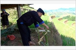 Quand les Hmông honorent leurs champs