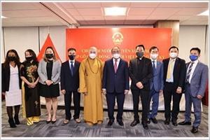 Le président Nguyên Xuân Phuc rencontre des Viêt kiêu à New York