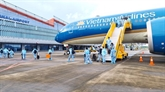 L'aéroport de Vân Dôn accueille des passagers venus de France dotés d'un