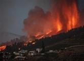 L'aéroport de La Palma rouvre mais les vols restent suspendus