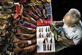 L'œuvre Le chausseur de 90 ans, médaillé d'argent à un concours international