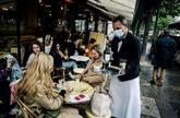 Cafés-restaurants : les pourboires versés en carte bancaire seront défiscalisés