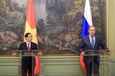 La presse russe accorde une attention à la visite du ministre vietnamien des Affaires étrangères