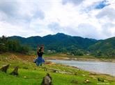 Des jeunes font la promotion de la culture et du tourisme de Lào Cai
