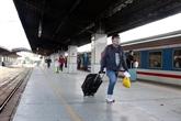 COVID-19 : les réglementations pour les passagers transportés par l'avion et le train