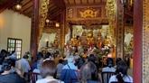 Des Vietnamiens en France célèbrent la fête Vu Lan