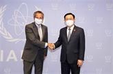 Le président de l'Assemblée nationale Vuong Dinh Huê rencontre le directeur général de l'AIEA
