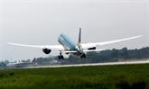 Remise en service de la piste modernisée 1B de l'aéroport de Nôi Bài à Hanoï