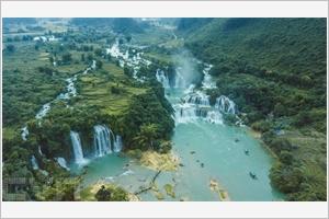 Ban Giôc les plus grandes chutes dAsie du Sud-Est