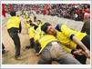 Chaque équipe est composée de 25 hommes robustes triés sur le volet.