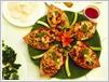 Salade de jacinthes d'eau mélangées avec des crevettes et de la viande.