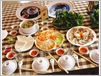 Le banh canh Trang Bàng et le papier de riz séché de Trang Bàng.