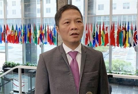 Léconomie lun des trois piliers de la coopération Vietnam - ASEAN