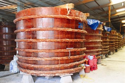 Phu Quôc est bien évidemment renommée pour sa saumure de poisson : le fameux nước mắm.