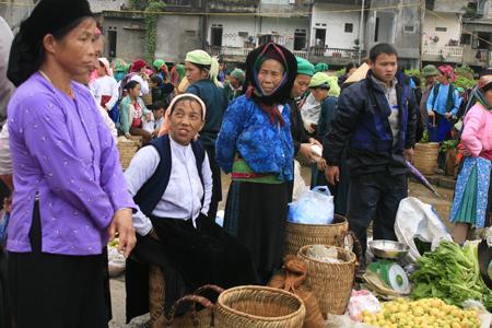 marché de Dông Van