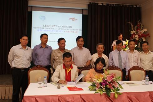 VietJetAir a signé un contrat de coopération avec l'Asociation du tourisme de Hô Chi Minh-Ville pour un programme promotionel