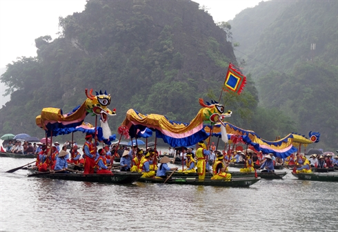 Tràng An, province de Ninh Binh (Nord), a été officiellement inscrit sur la Liste du patrimoine mondial de l'UNESCO