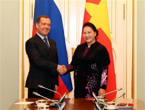 Entrevue entre Nguyên Thi Kim Ngân etDmitry Medvedev
