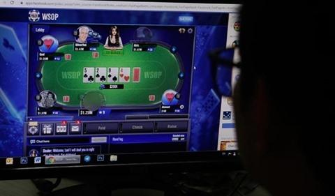 Poker en ligne datant James Maslow datant Peeta