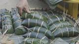 Le banh chung den, une spécialité des Tày pour le Têt