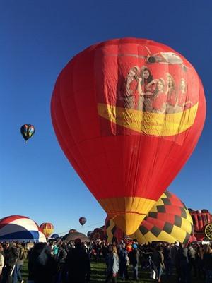 VietJet au Festival de la montgolfière dAlbuquerque aux États-Unis