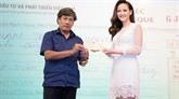 Miss Global 2017 remet 200 millions de dôngs aux sinistrés de Phu Yên