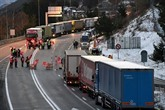 Travailleurs détachés : des routiers bloquent le tunnel du Fréjus