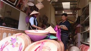 Excursion au village des chapeaux iconiques