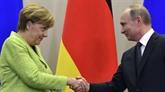 Poutine et Merkel s'engagent à résoudre l'incident de détroit de Kertch