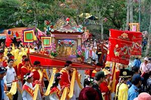 Six grands festivals après le Nouvel An lunaire dans le Centre et le Sud