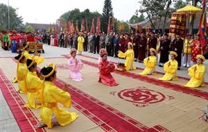 Ouverture de la fête de la Mère Âu Co à Phu Tho