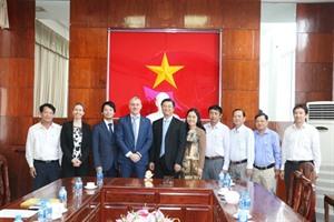 Cân Tho cherche à coopérer avec lItalie dans les domaines de la mode et du tourisme