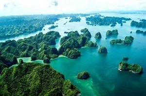Baie de Ha Long, lune des destinations de croisière les plus photographiées au monde