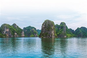 La baie de Ha Long: lindétrônable beauté
