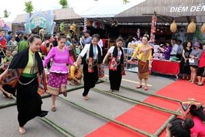 La fête des ethnies de la région du Nord-Ouest ouverte à Son La