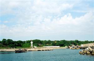Côn Co, une perle verte au milieu de mer
