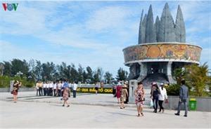 Le Vietnam reçoit deux prix du tourisme durable de lASEAN