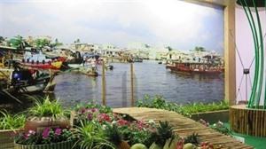 Cân Tho présente de nouveaux produits et services touristiques à Hanoï