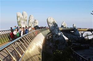 Intégrer le numérique dans les stratégies touristiques
